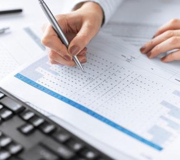Czynny udział w procesach restrukturyzacji i przejęciach firm.